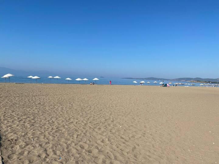 Wifi, klimalı, denize yürüme mesafesindedir