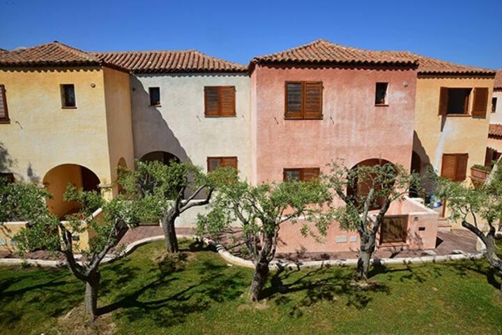 SicilSarda Properties - Villa Li Tamarici