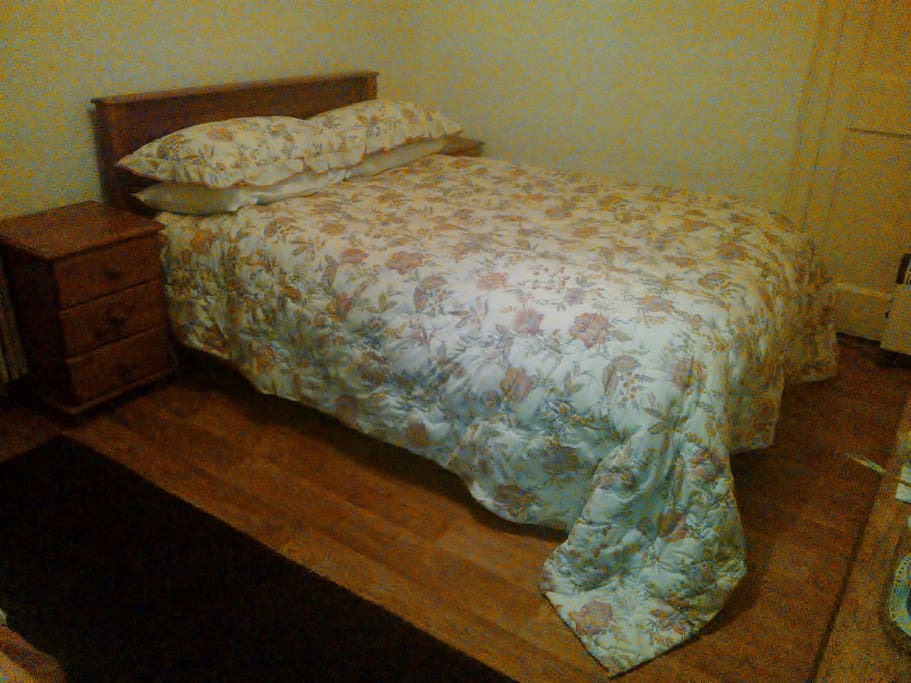 Such a comfortable bed. The best night's sleep I've had in months said Sarah. It's a handmade Millbrook mattress.