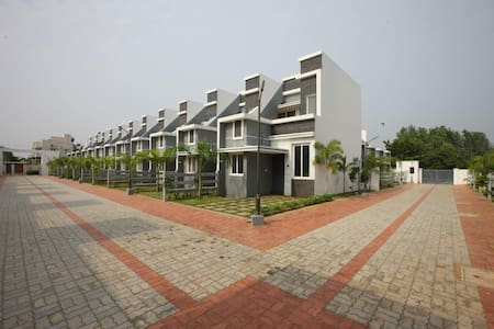 OYO-Ocean-View 2BHK Villa In Pondicherry (On Sale!)