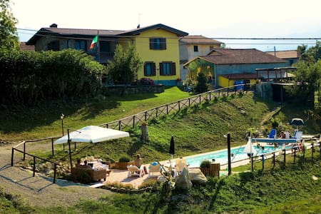 Casale con piscina affitto LUGLIO - Corniglio - Vila