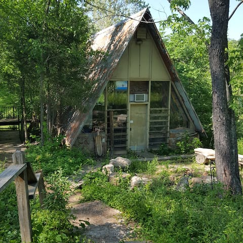 A-Frame 70 ac Escape, Sleeps 5, Staycation & Peace