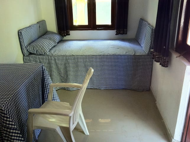 Negombo-Chris's Homestay Bedroom 2 - Негомбо - Дом