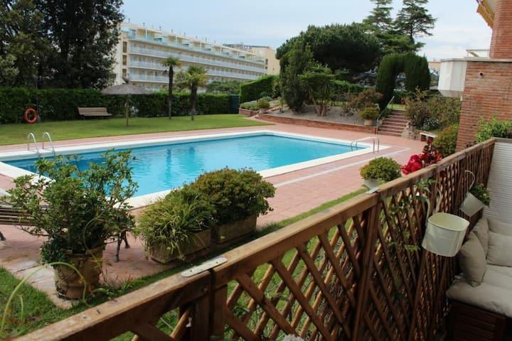 Lloret Mar, piscine et jardin, Fenals plage!