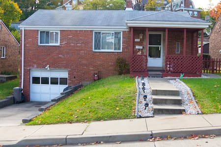 2 bedroom home available for rent - Pittsburgh