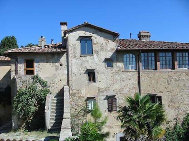 Long term garden apartment in villa