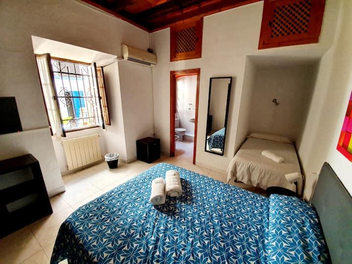 Habitación doble en el centro de Córdoba