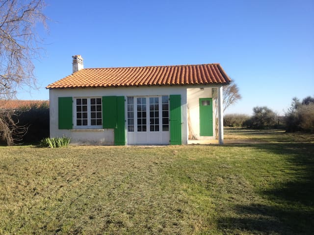 Little House Front Sea - Angoulins