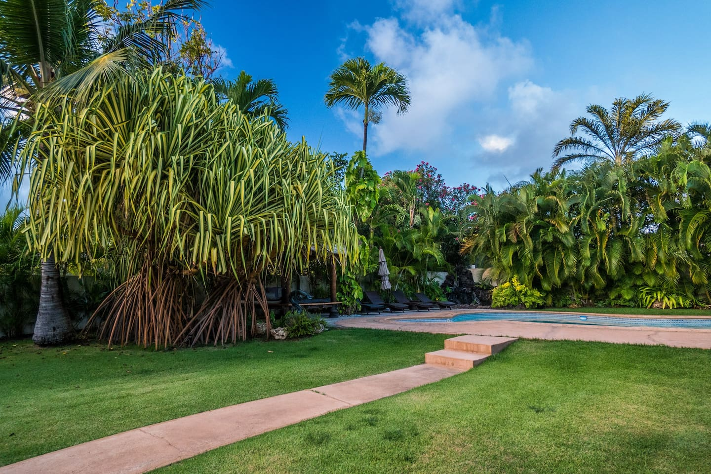 Photos do no justice of the pool area and lush, breathtaking yard. You must see it for yourself!