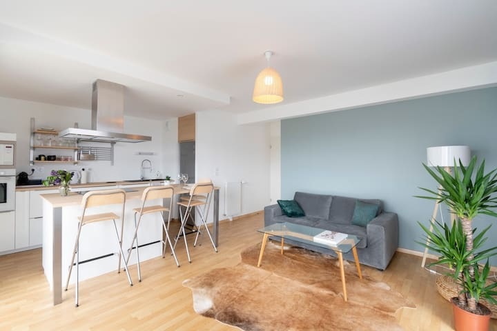LA PEROUSE - Apt 2 bedrooms, parking, near Rennes