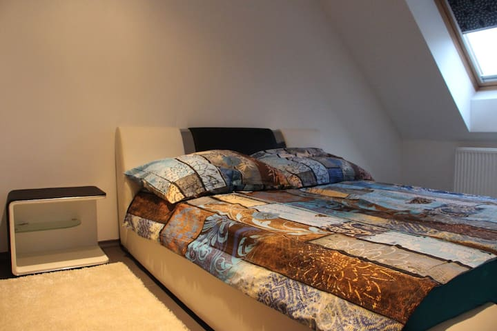 Second room double bed 180x200