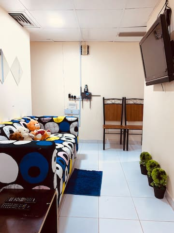 BEDSPACE FOR LADIES FOR RENT DAILY OR MONTHLY