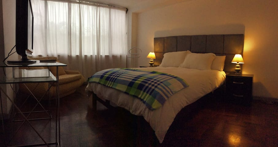SI 101 - 3 bedroom apartment fully furnished