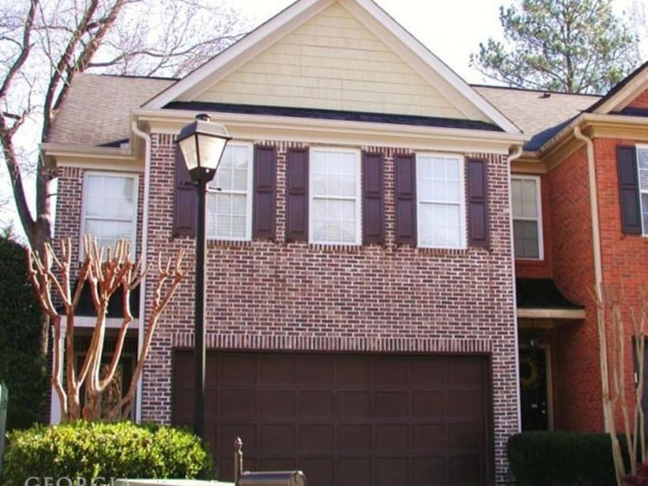 3 Bedroom Brick Townhouse In Smyrna Ga Townhouses For
