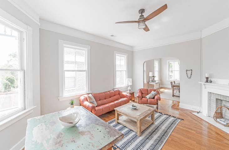 Historic Charming 2BR in heart of Charleston