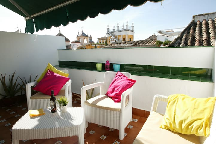 City centre - 2 Bedrooms with amazing roof terrace