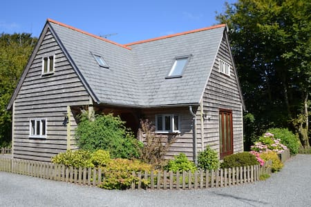 Daisy Lodge - riverside property. - Davidstow - Huis