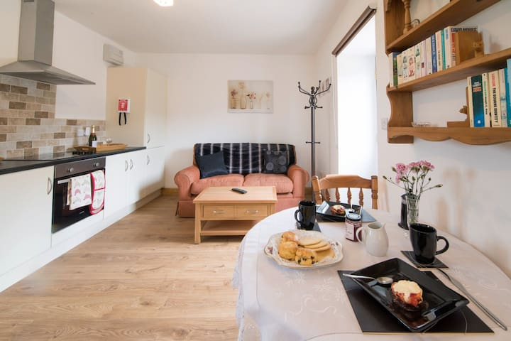 Robbie's Retreat 1Bed, 1Bath Sleeps 2 - North Yorkshire - Dom