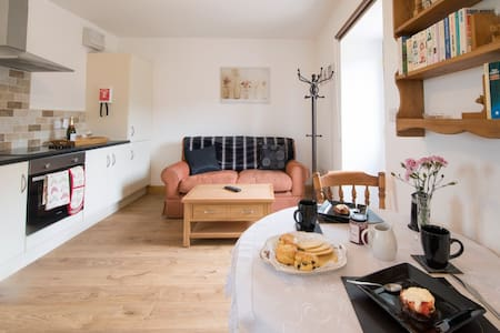 Robbie's Retreat 1Bed, 1Bath Sleeps 2 - North Yorkshire