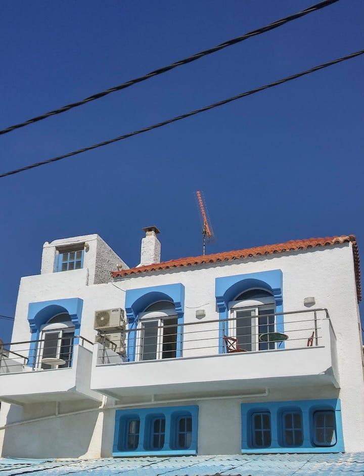 Bebas house