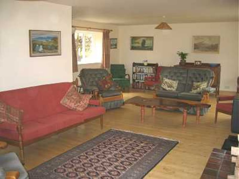 Large Sitting Room With Wood Burner and Unlimited Free Wood