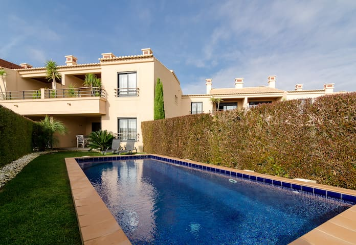 Mar da Luz 2 Bedroom apartment with private pool - Praia da Luz - Apartment