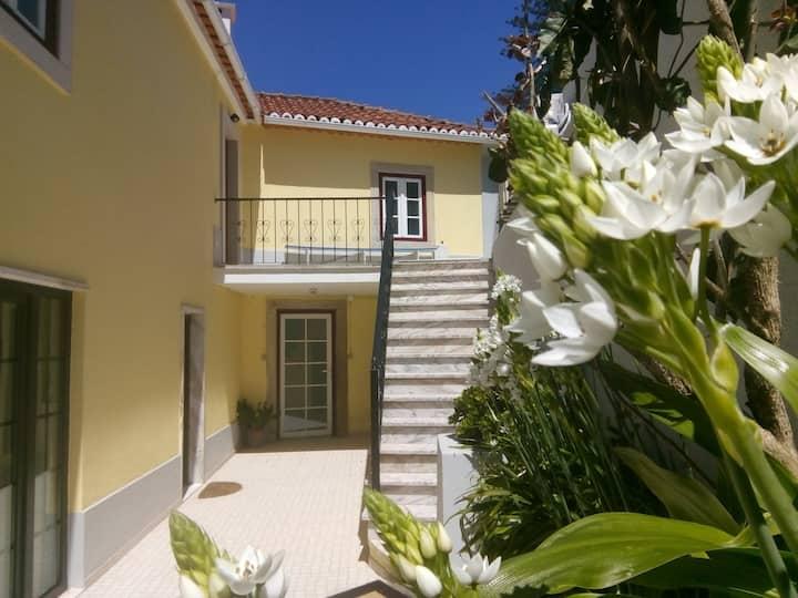 Villa Sintra - 3 rooms 1 Kitchen, BBQ & Parking
