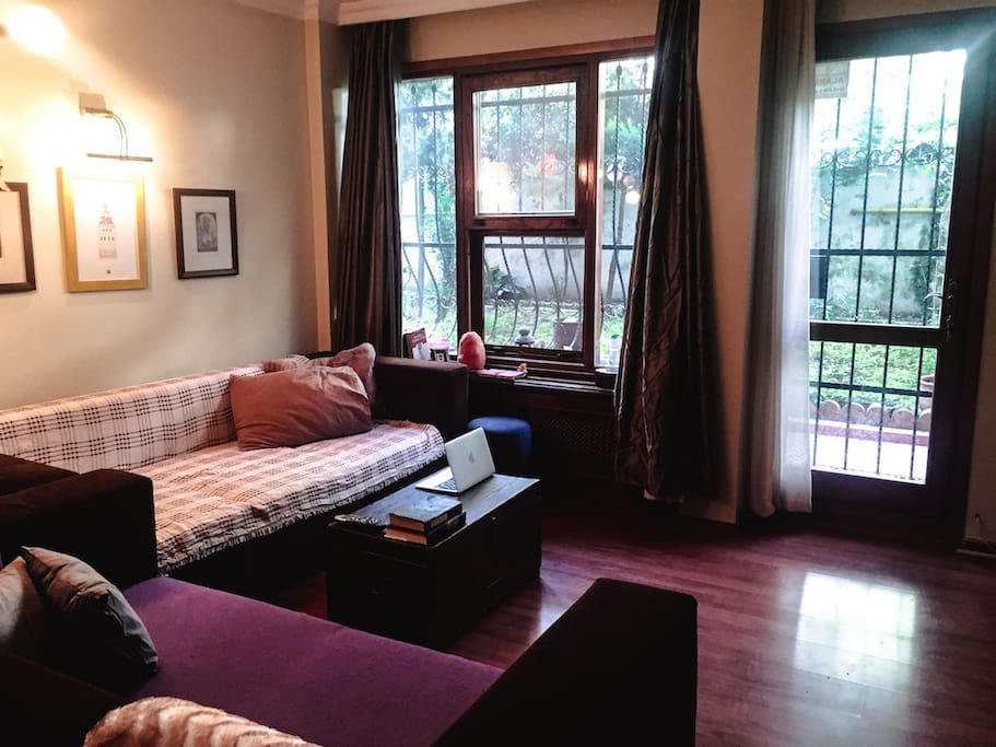 Living room, shared