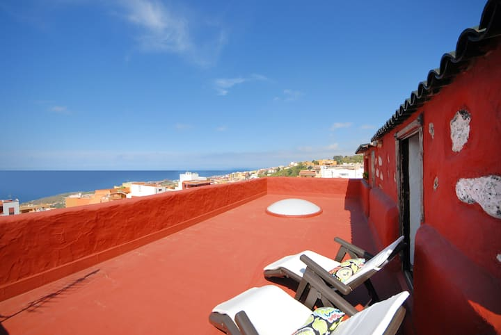 House with 3 bedrooms in Icod de los Vinos, with wonderful sea view, enclosed garden and WiFi - 5 km from the beach