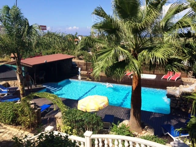 Villa Amarilla Holiday Apartments with pool - Alsancak - Huis