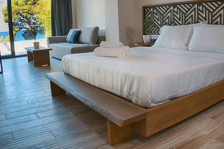 Junior Suite Sea View | Casa Bloo Adults Only