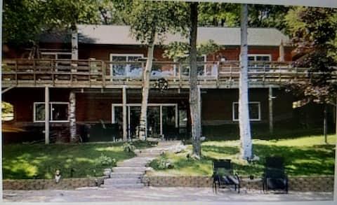 The High Lake Lodge