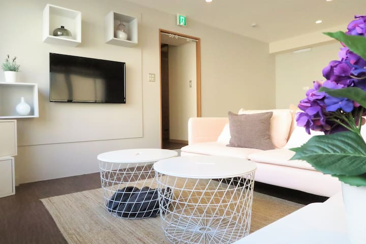 Spacious Living room Air conditioner is equipped