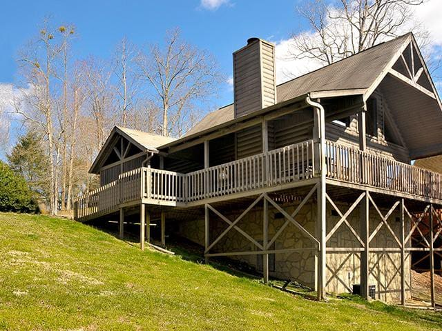 Cozy Bear - Country Pines Resort (2 BR)