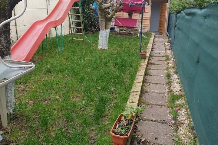apartement independant confortable avec jardin