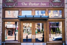 [Deluxe Studio Queen] | The Parker Inn and Suites