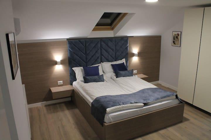 *New Central* Double Room at Sleep Inn Prishtina