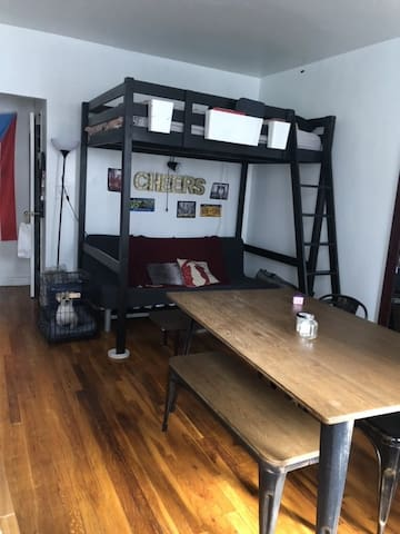 Spacious studio for a trip to NYC!