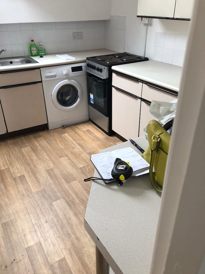 Studio flat self contained