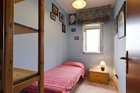 La stanza di Melina - Torregrotta