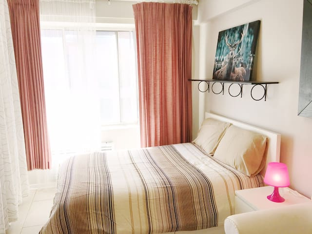 905- Cute Studio Apartment Downtown Montreal