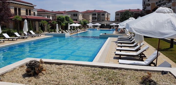 Apartment in Green Life Sozopol Beach Resort