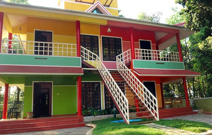 Rainbow Homestay -Best family holiday stay Wayanad