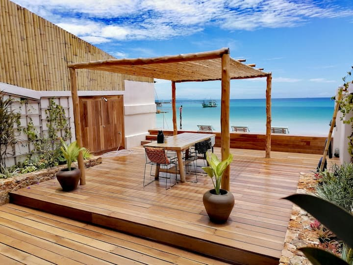 ❤️ STONE & WOOD 4BR BEACHFRONT VILLA CHALOKLUM