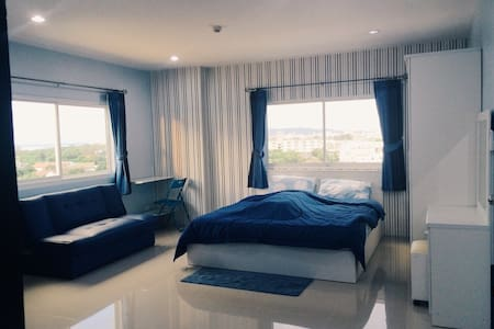 ChonBuri fully-furnished Apartment - Ampoe Moeng - 公寓