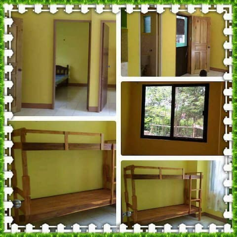 Michell's Backpackers' Nook