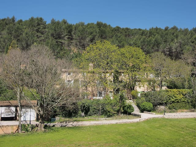 B&B in a 19th century bastide