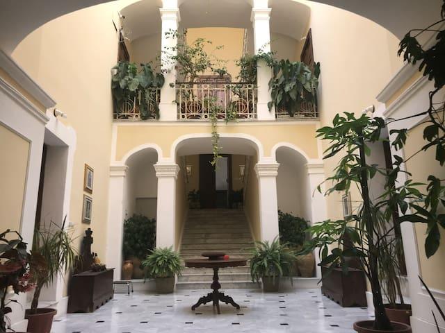 Monolocale in palazzo nobiliare