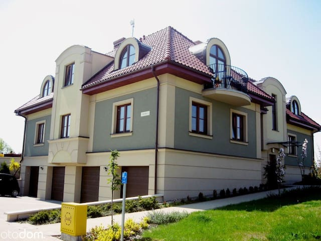 Apartment 75 m on a beautiful estate 20 min. to th - Borkowo Łostowickie - Leilighet