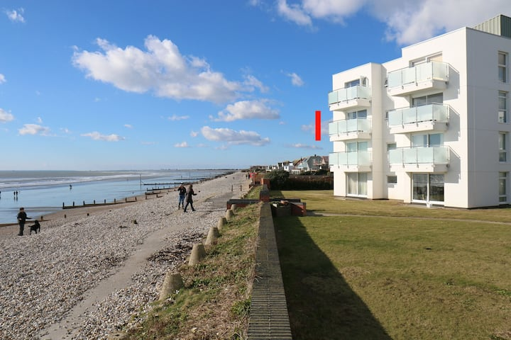 46 Seagate Court, East Wittering